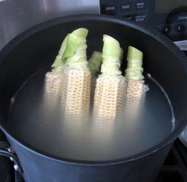 corn broth with corncobs