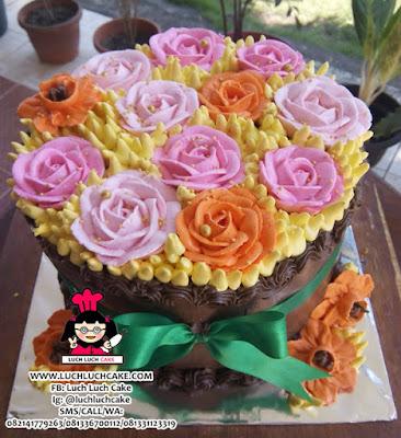 Kue Tart Bunga Mawar Daerah Surabaya - Sidoarjo