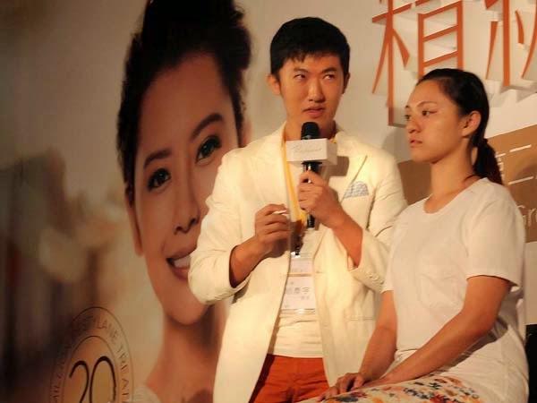 趙彥宇醫師在玻尿酸大中華區會議上講解玻尿酸注射美型技巧