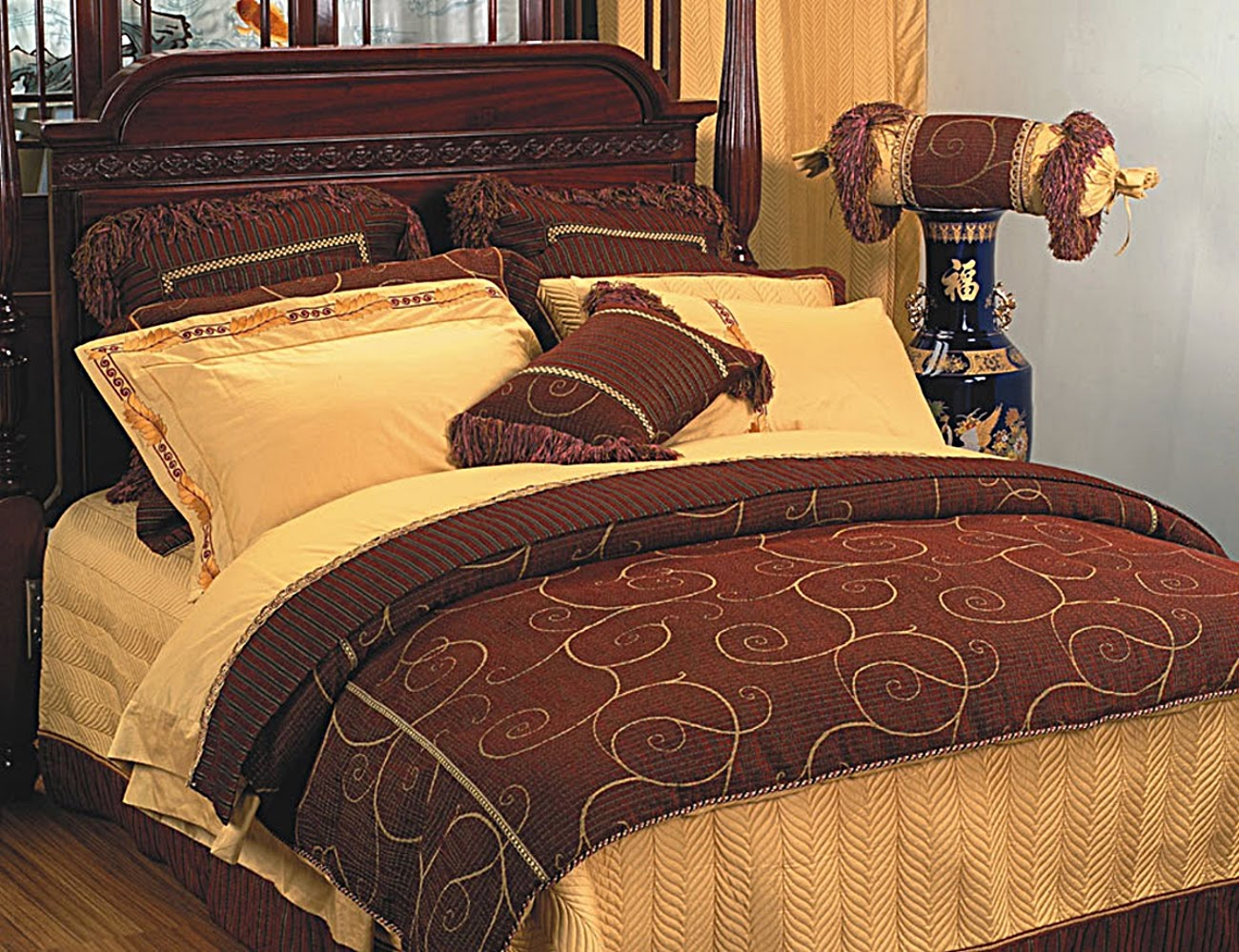 Luxury bedding luxury bedding collections for Designer bed pics