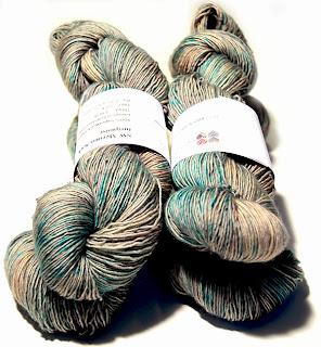 http://laine-et-plus.com/produit/sw-merinos-sock-destouchesdeturquoise/