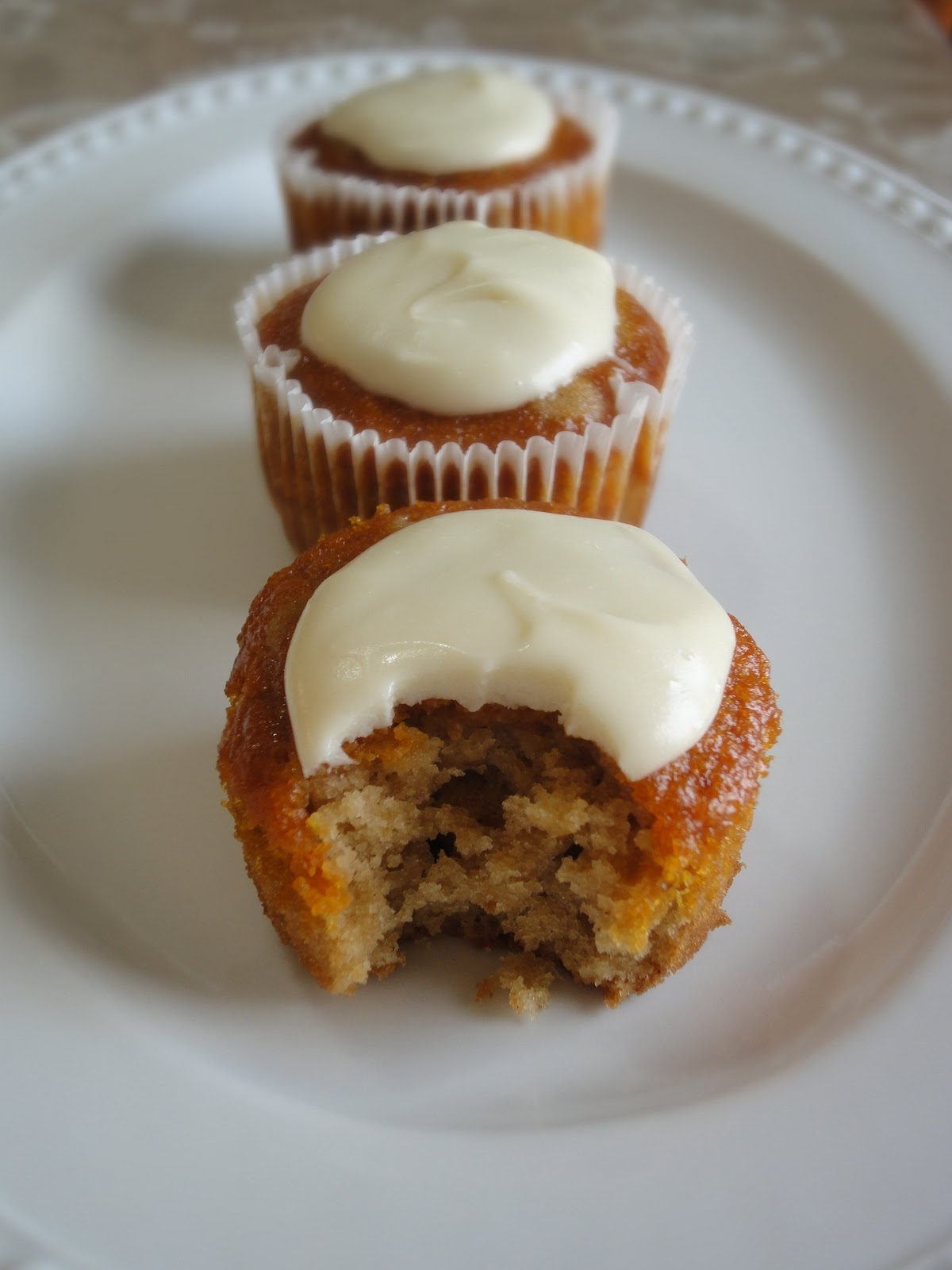 Blog as you Bake: Ginger Spiced Cupcakes