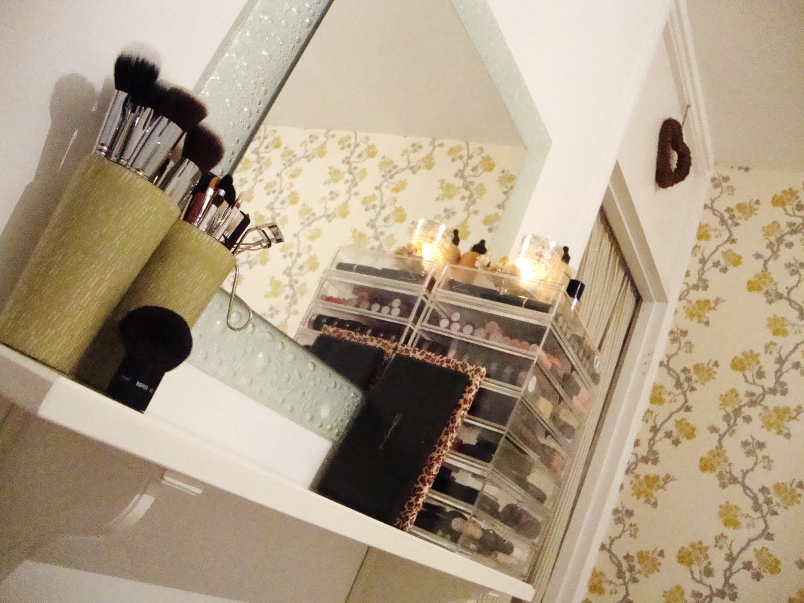 Amivi make up comment ranger son maquillage - Comment ranger son maquillage ...