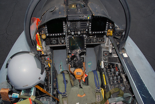 F 18 Cockpit Layout Jet Airlines: F...