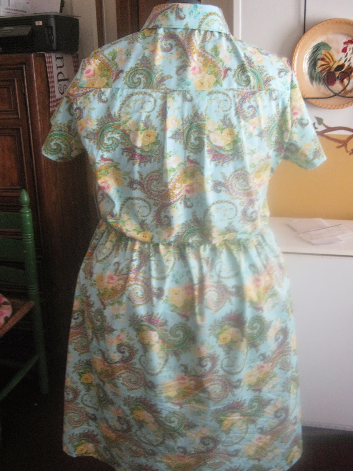 New Look A6180 Aqua Paisley Shirt Dress Back View www.sewplus.blogspot.com