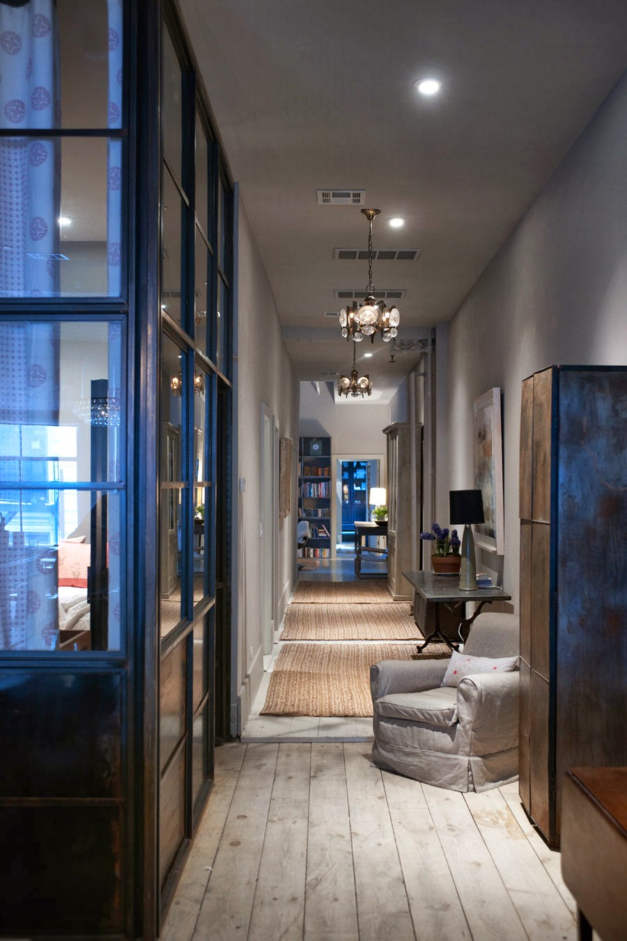 Interior design loft in new york cool chic style fashion for Loft soho new york