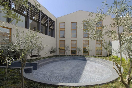 Connections january 2012 - Arquitectos sabadell ...