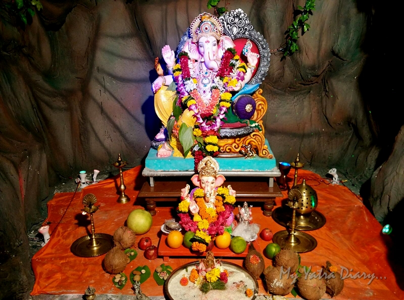 Ganesha of society, Ganesh Pandal Hopping, Mumbai