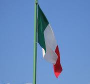 La siguiente similitud entre ambos países es la compatibilidad en el . (px bandiera italiana)