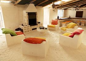 http://1.bp.blogspot.com/-R1YKZY5BGVQ/TwTltT9cFVI/AAAAAAAAA3A/Gb0FE-5NGUc/s640/Palacio+de+Sal+-+lounge+-+%2528Courtesy+Palacio+de+Sal%2529.jpg