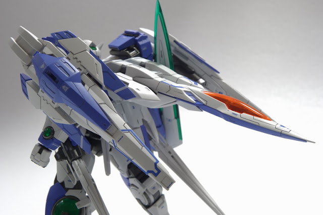 RG 00 Raiser gundam model kit
