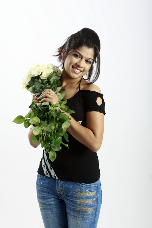 Actress Nakshatra Stills Gallery wallpapers