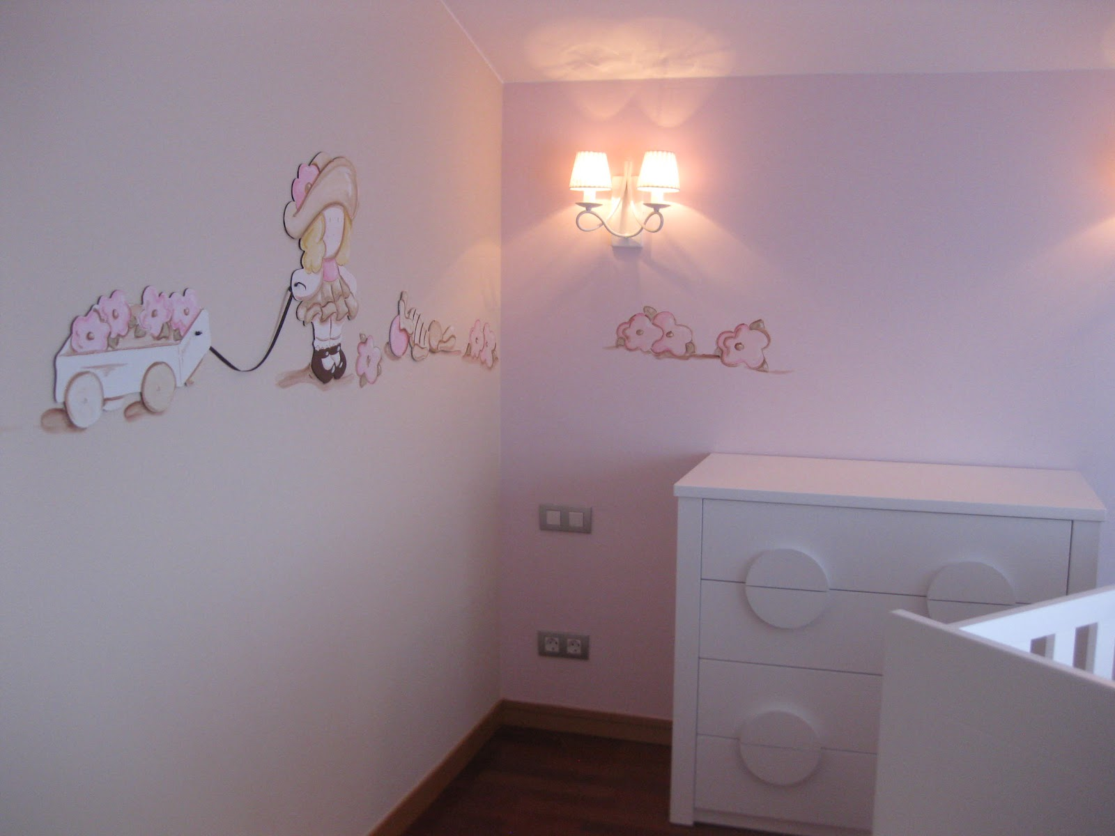 Cadre dco chambre bb to build a changing table plans diy for Chambre de bb fille dcoration