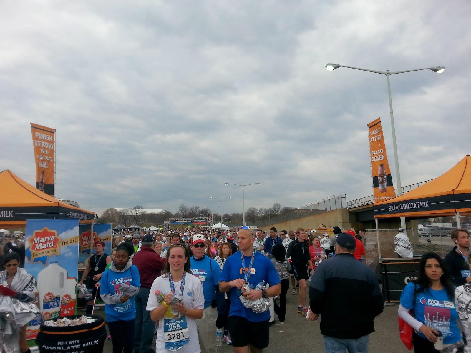 RNR-DC-Half-Marathon-recap-finish