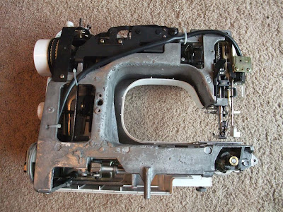repair sewing machine, disassemble, outer casing