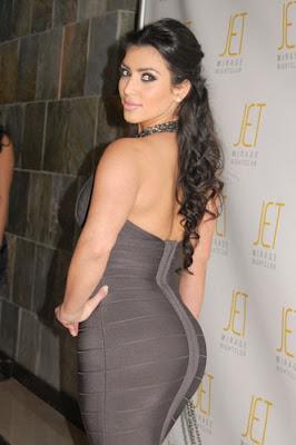 Penghargaan Kim Kardashian_a.jpg