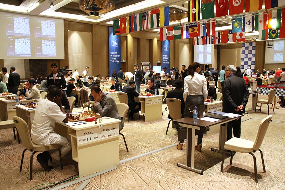el alfil inquieto copa del mundo de ajedrez r1 haciendo las maletas