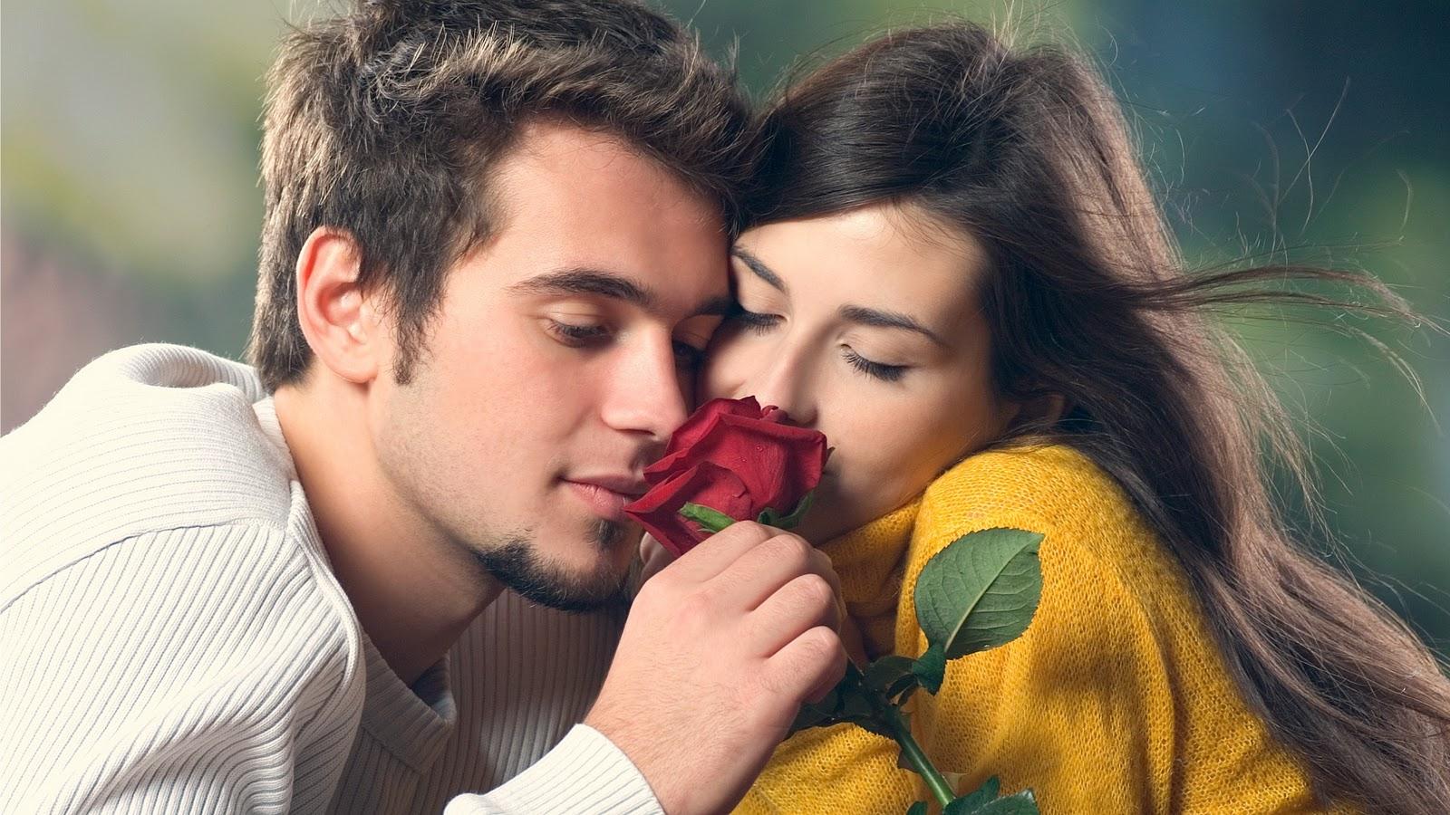 http://1.bp.blogspot.com/-R37qPpA_oDA/TqgDTPTu7kI/AAAAAAAAA0U/5LG0_9B1G2g/s1600/couple_in_love_wallpaper.jpg