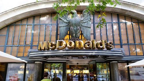 O McDonald s mais bonito do Mundo