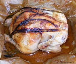 friptura de pui intreg la cuptor cu cartofi noi si salata de varza, retete culinare, retete de mancare, mancaruri cu pui, retete cu pui, preparate din pui, retete cu carne de pui, retete culinare cu carne de pui, fripturi la cuptor, pui intreg la cuptor, pui gatit, pui intreg in hartie de copt, food,