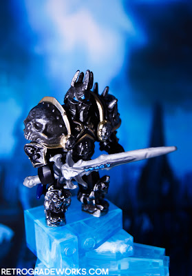 Megabloks World of Warcraft Arthas, the Lich King and Frostmourne