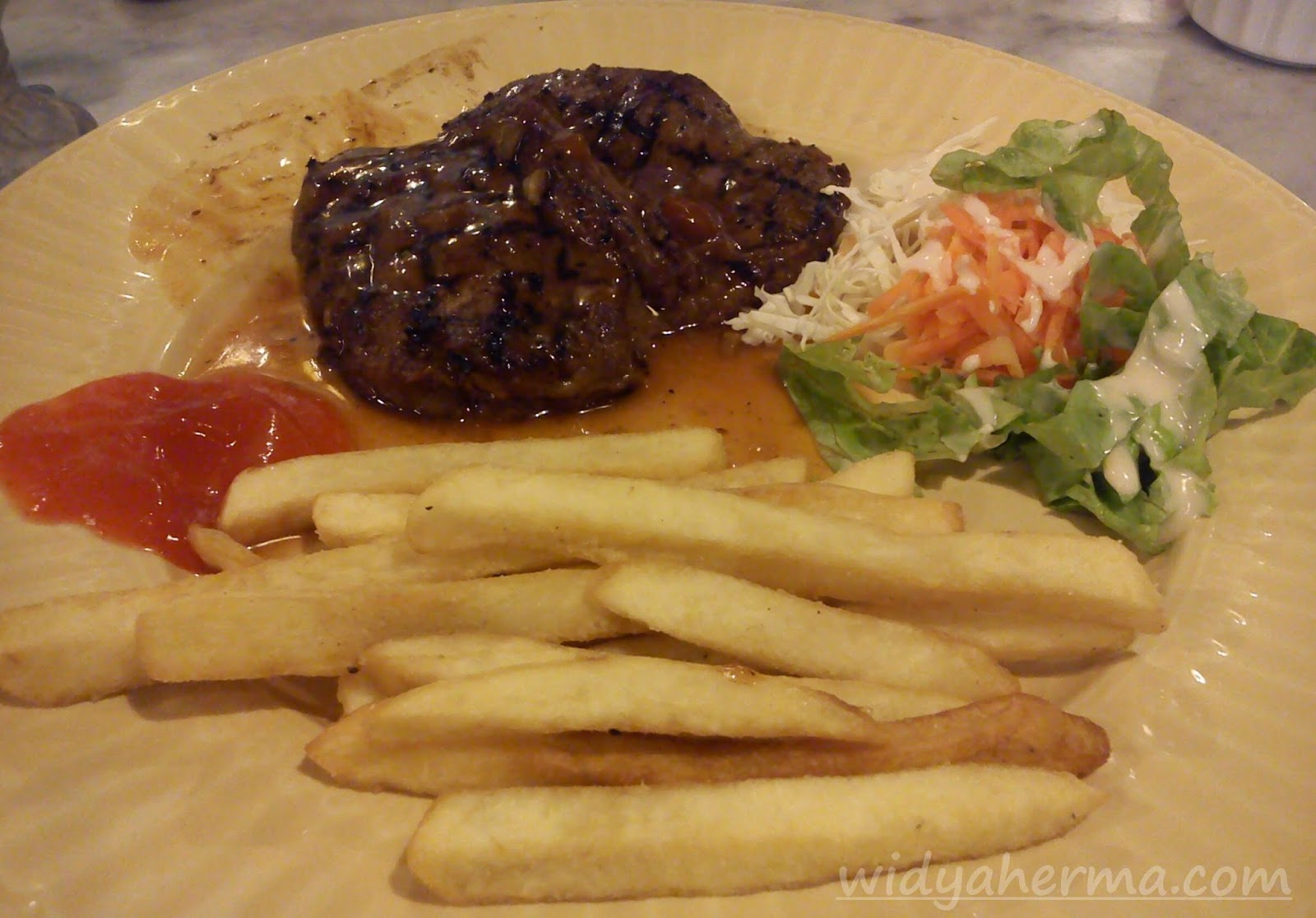 Tenderloin Steak Giggle Box