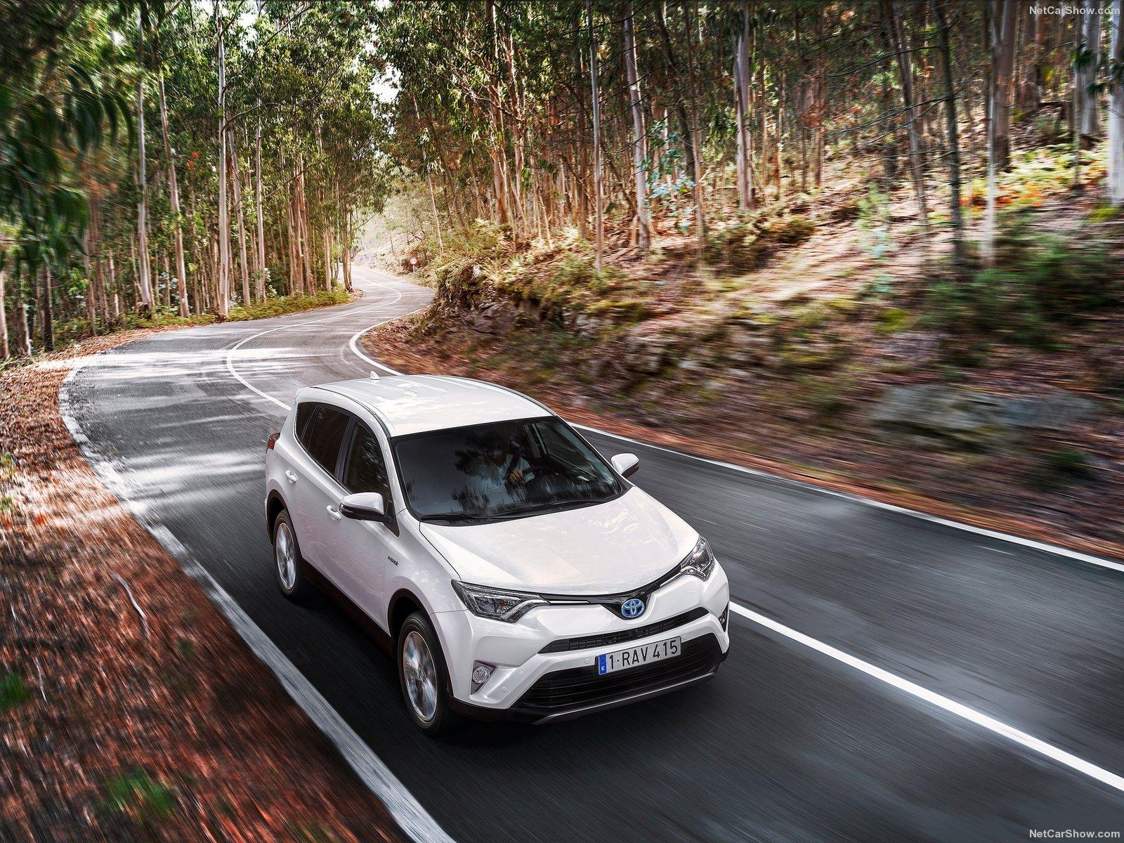 Hình ảnh xe ô tô Toyota RAV4 Hybrid EU-Version 2016 & nội ngoại thất