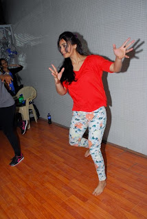 Actress Daisy Shah Pictures at New Years Eve Performance Rehearsals in Mumbai  16.JPG