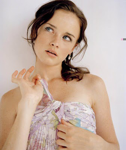 Alexis Bledel Hairstyle 76