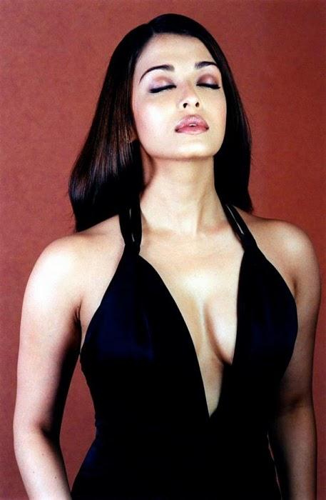 Aishwarya Rai In Black Dress Spicy Photos