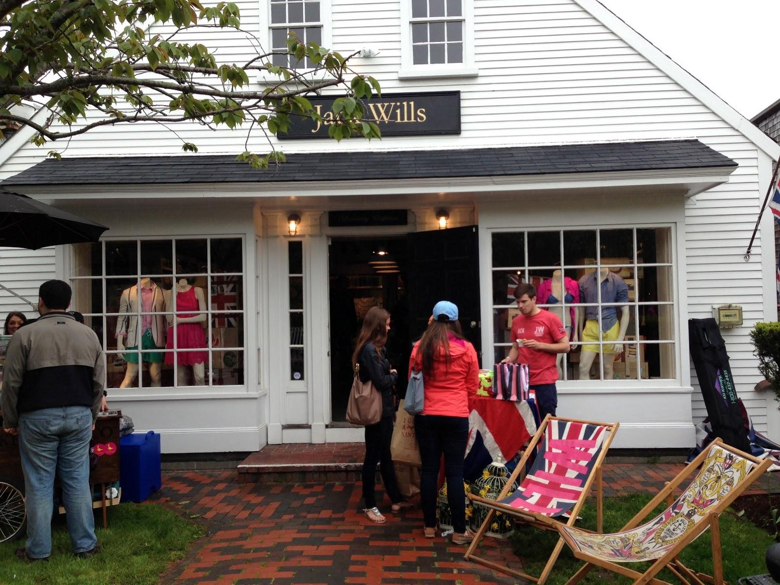 Summer In Newport: Nantucket Shopping, Part 2