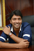 Allari Naresh stylish photos-thumbnail-12