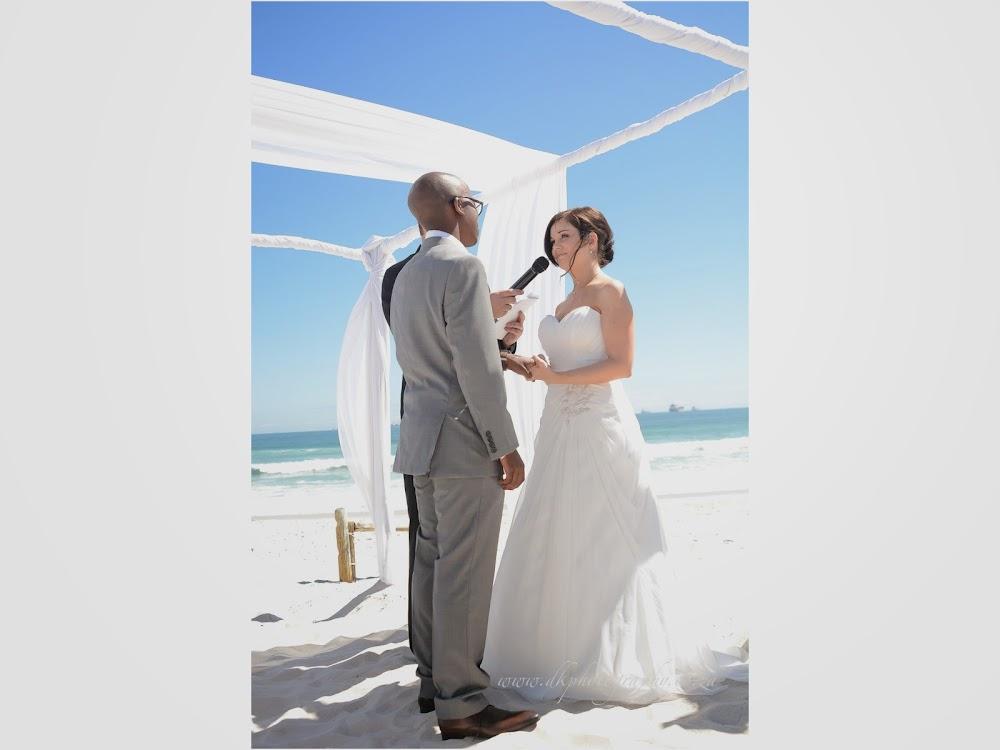 DK Photography LASTBLOG-044 Stefanie & Kut's Wedding on Dolphin Beach, Blouberg  Cape Town Wedding photographer