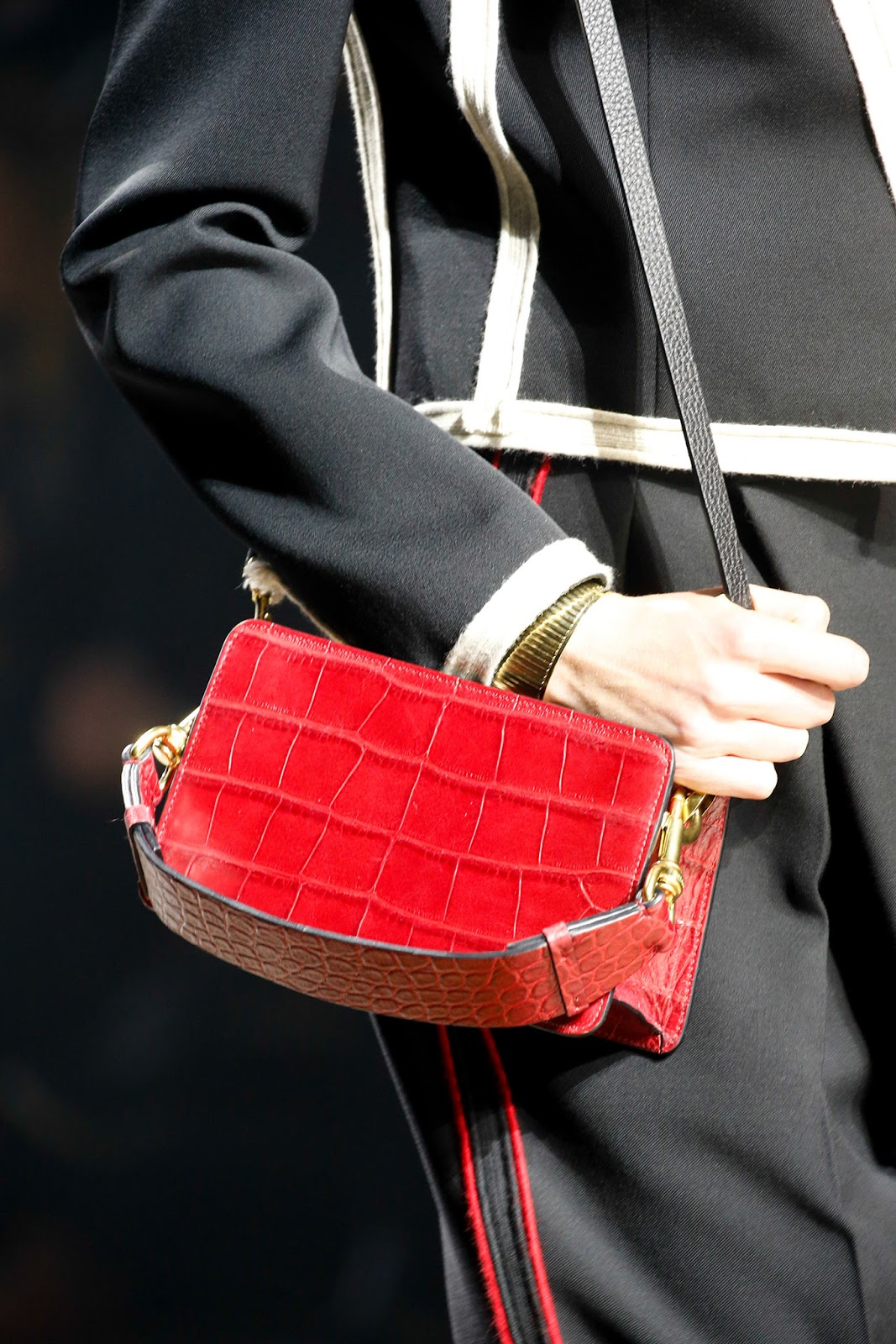 Fall 2015 accessories trend report / best bags / investment bags / crocodile accessories trend at Lanvin Fall/Winter 2015 via fashionedbylove.co.uk, british fashion blog