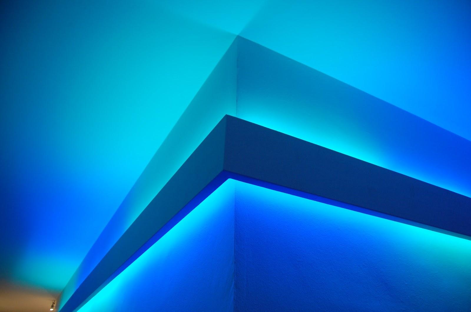 Illuminazione led casa illuminazione led multicolore rgb il colore nella luce a led - Cromoterapia camera da letto ...