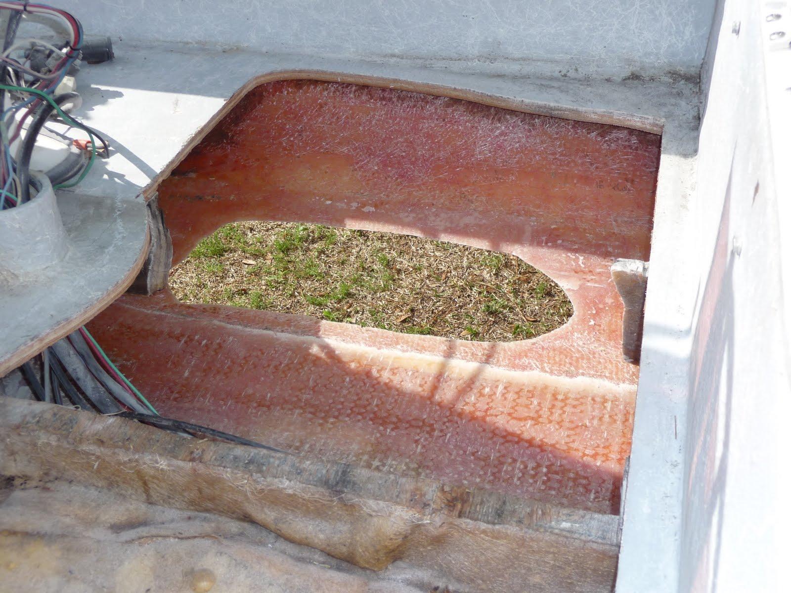 Fiberglass Hole Repair : Fiberglass repair large hole