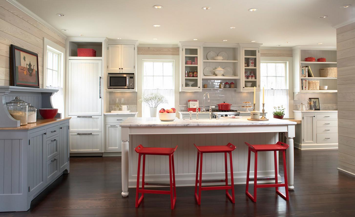 Delorme designs red white and blue kitchen what not ta for Red white and blue kitchen ideas