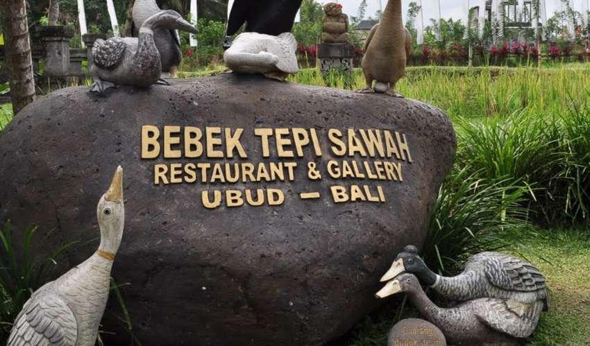 Liburan ke Bali, De Gea Kepencut Bebek Ubud