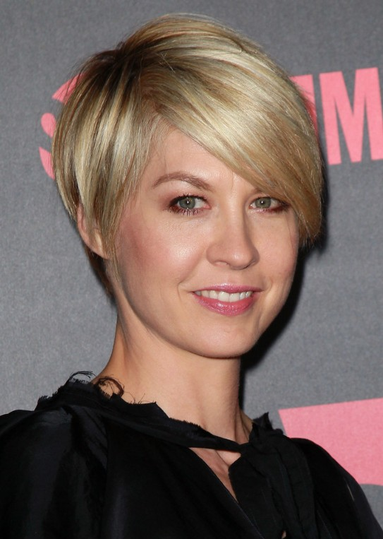 ... Hair Women Over 50 further Short Blonde Pixie Haircuts also Julia