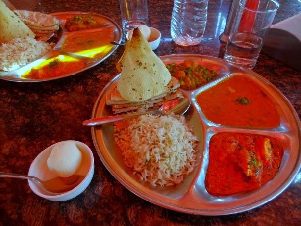 best thali chitra katha hotel jaipur inde