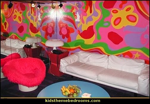 Decorating theme bedrooms maries manor 60s for Funky bedroom ideas