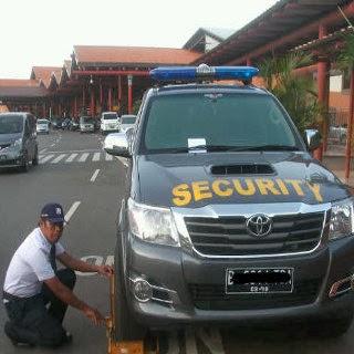 http://www.agen-tiket-pesawat.com/2012/12/awas-parkir-sembarangan-di-bandara.html