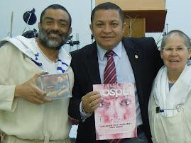 BISPO EDUARDO SILVA E PASTORA CELINA FAZEM CAMPANHA FORTE CONTRA A PL 122 EM SÃO PAULO.