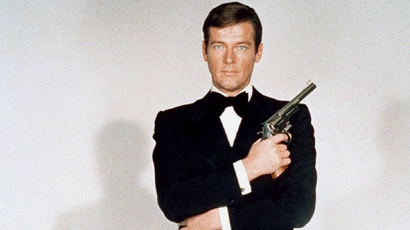 james bond roger moore - photo #4
