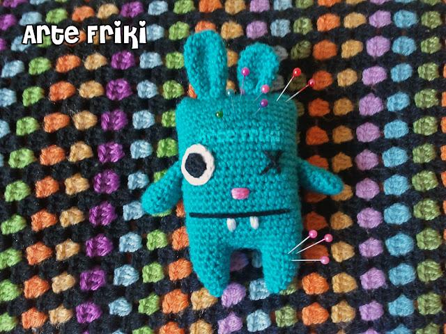 conejo amigurumi bunny mosnter monstruo crochet ganchillo