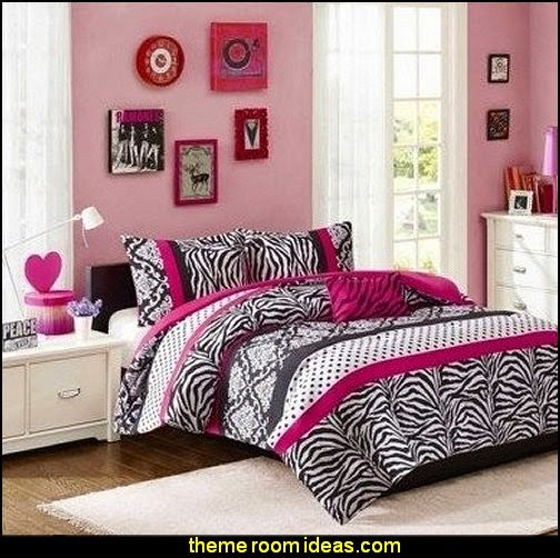 girls pink animal print bedding set with shams and a decorative pillows includes scented candle tart