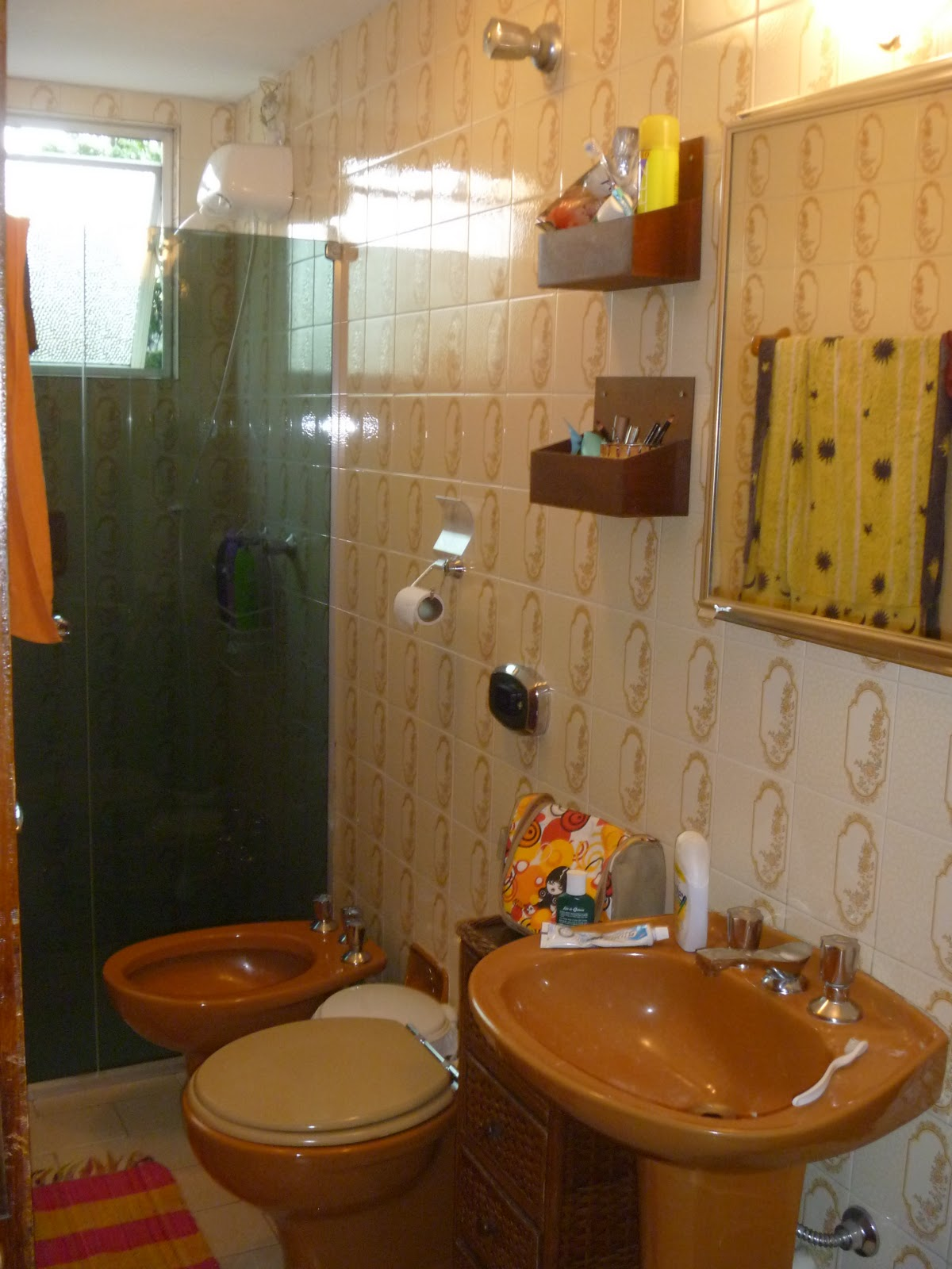 Banheiro antigo antes #B49917 1200x1600 Armario Banheiro Antigo
