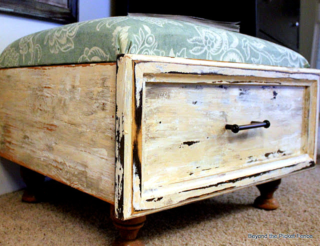 Old drawer ottoman by Beyond The Picket Fence via I Love That Junk