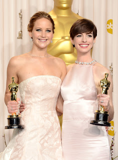 Jennifer Lawrence  Anne Hathaway,