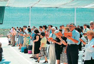 H αποκάλυψη για τους Μάρτυρες του Ιεχωβά που προκαλεί οργή...